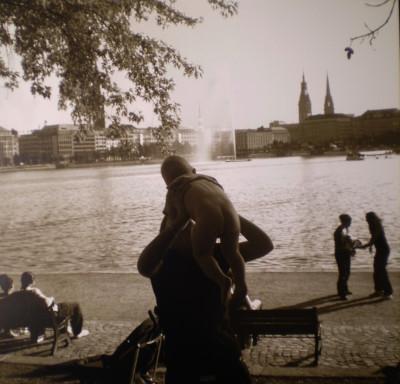 RoHe_Hamburg-III_100x100cm_Fotografie-auf-Holzplatte